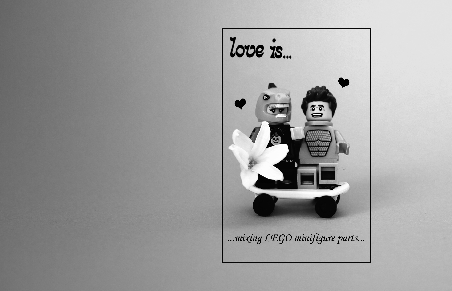legopicture.com||http://legopicture.com/wp-content/uploads/2012/05/love-is-mixing-lego-minifigure-parts1.jpg