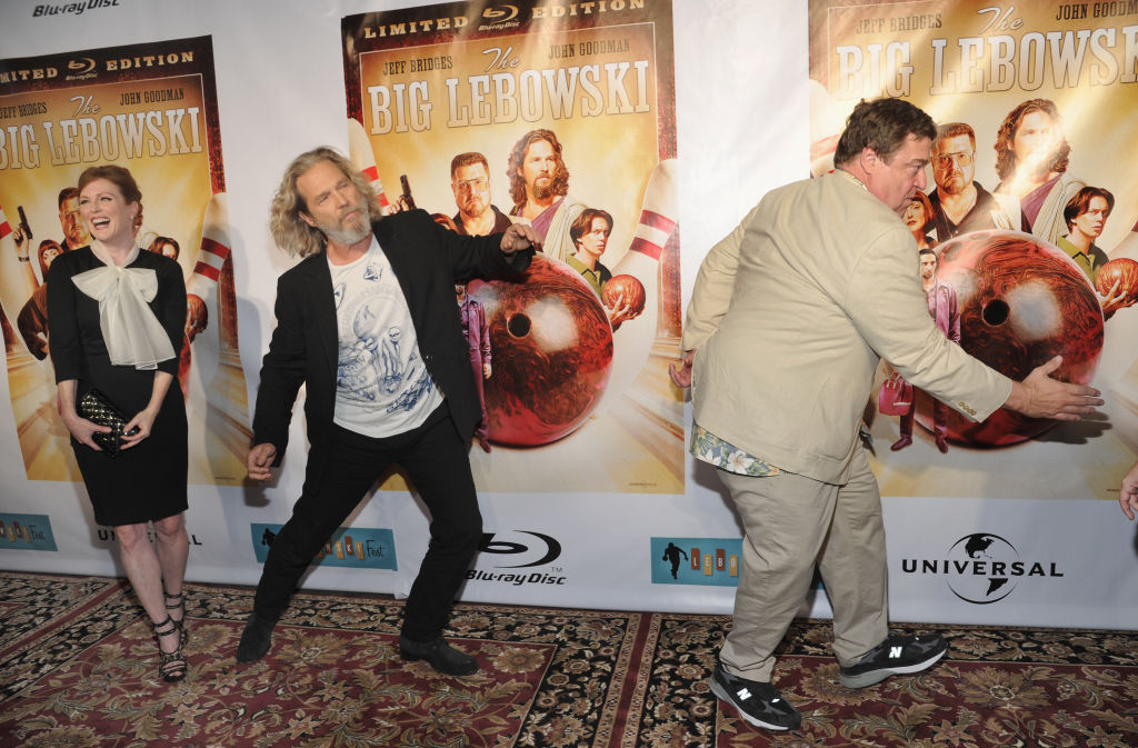 MIKE COPPOLA/GETTY IMAGES||http://www.scpr.org/blogs/newmedia/2012/06/28/6844/bush-league-psych-out-big-lebowski-2-laughable-man/