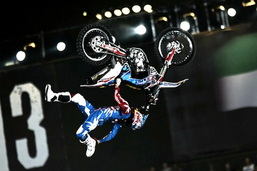 Red Bull X-Fighters: Με κομμένη την ανάσα!